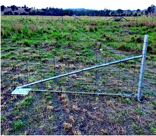 Tips For Making Effective Farm Fencing - Cowboy Pipe Fence